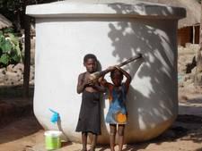 Mensink bouwt watertank op camping de Joxhorst