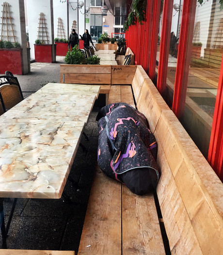 Geen extra inzet tegen zwervers op terrassen