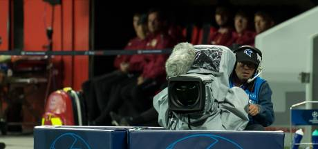 Primeur Iraanse verslaggeefster bij Ajax - Chelsea