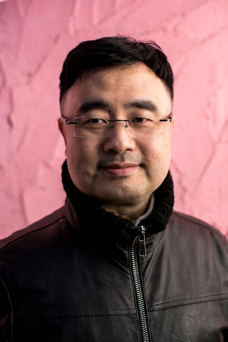 Shi Fang, digitaal marketing-manager in Vancouver. Beeld Julius Schrank