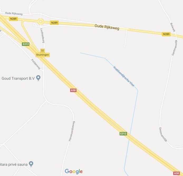 Het gebied waarin Bas waarschijnlijk is neergeschoten ligt tussen Lugtenburg (links) en de Gentmansdijk (rechts) bij Krabbendijke.