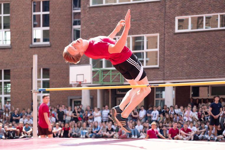 Het afscheid van Meysmans vond plaats tijdens de 'sportapotheose', het slotfeest van de sportwerking van de school.