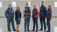 MIVB-medewerkers in nieuw jasje