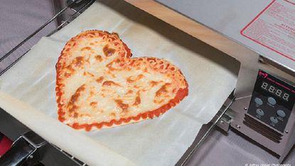 Robot print en bakt een pizza in amper zes minuten