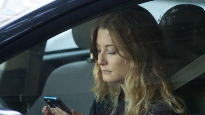 """Weer meer jongeren komen om door auto-ongevallen: """"De nieuwe killer in het verkeer: de smartphone"""""""