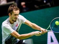Medvedev bereikt halve finale in Rotterdam