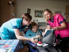 Help het zorgcentrum aan personeel en  verdien er 400 euro mee