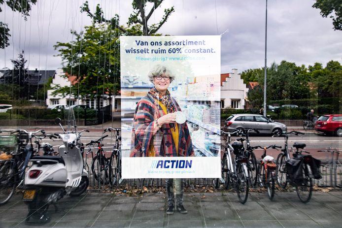 Een poster verwelkomt alvast de klanten in de nieuwe Action.
