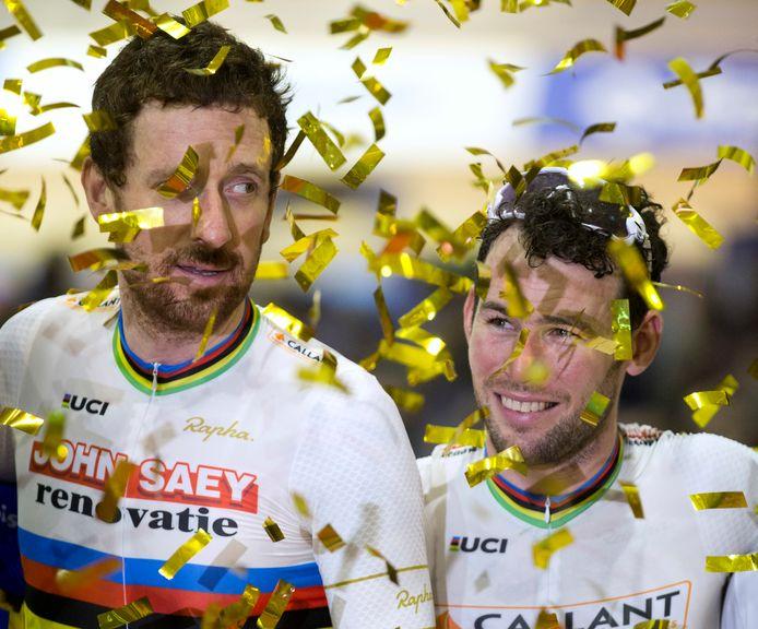 Mark Cavendish tijdens een fortuinlijkere deelname aan de Zesdaagse, samen met Tour de Francewinnaar en olympisch kampioen Bradley Wiggins in 2016.