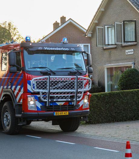 Vlam in de pan leidt tot verkeershinder in toeristendorp Hoenderloo