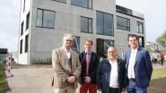 Kleuterleidster speciaal voor de zieke kindjes en veel meer: Familie De Brabandere legt personeel behoorlijk in de watten in nieuw kantoorgebouw in Veurne