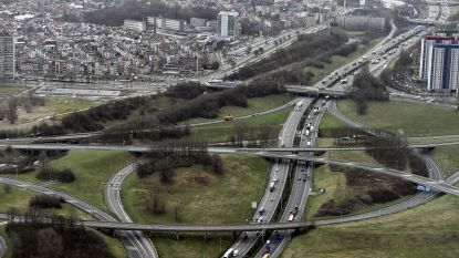 VAB pleit voor mobiliteitsfonds en 'intelligente tolheffing' op Antwerpse en Brusselse ring