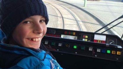 Reglement is reglement: De Lijn geeft tramfanaat Andreas (14) boete van 107 euro voor plezierrit aan zee