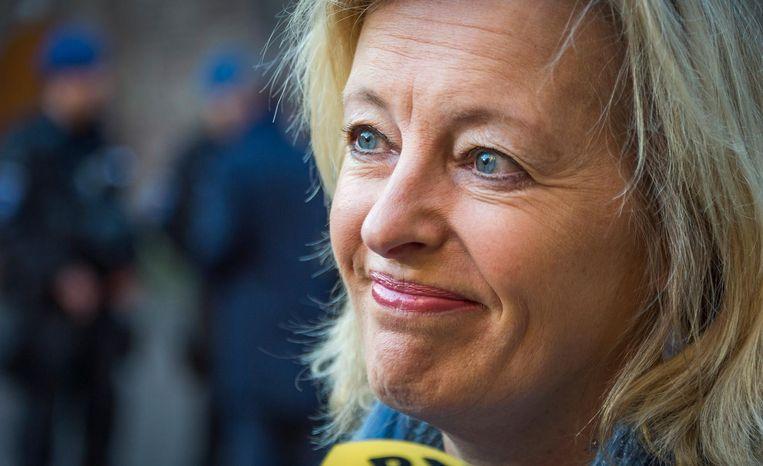 Minister Jet Bussemaker bij aankomst op het Binnenhof. Beeld anp