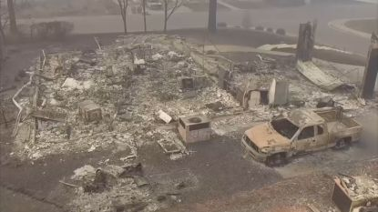 Dronebeelden tonen wat er nog maar overblijft van Californische gemeente Paradise na bosbranden