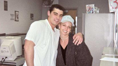"""Ex-man Britney Spears mengt zich in discussie: """"Ze heeft lang genoeg opgesloten gezeten"""""""