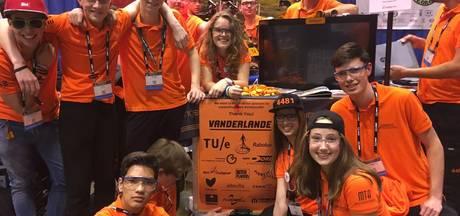 Leerlingen van Veghels Zwijsen College halen kwartfinale van roboticawedstrijd VS