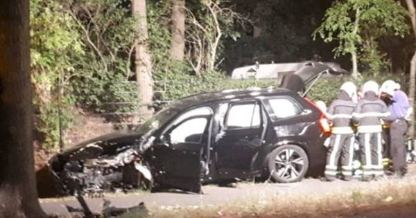 Lichtgewonde bij verkeersongeval in Gilze: auto raakt van weg.