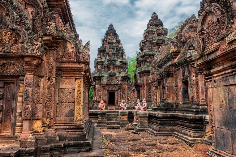 Het tempelcomplex Angkor Wat, het grootste religieuze monument ter wereld, met een oppervlakte van 162,6 hectare.