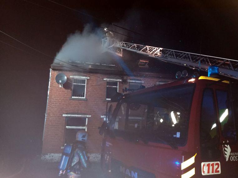 Brandweerlui konden niet voorkomen dat beide woningen onbewoonbaar zijn