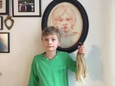 Xiem (10) liet haren 30 centimeter groeien om 'verdrietige kinderen te helpen'