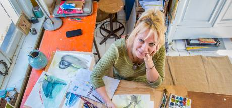 Apeldoornse Jenny Bakker tekent Jane tussen de apen