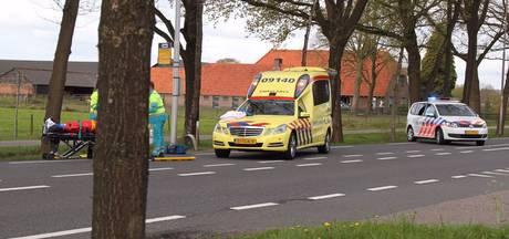 Voetganger zwaargewond na aanrijding in Renswoude