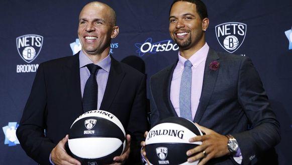 De nieuwe coach Jason Kidd van de Brooklyn Nets en speler Deron Williams.