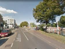 Toedracht ongeval op Jutfaseweg met zwaargewonde fietser is nog een raadsel voor politie