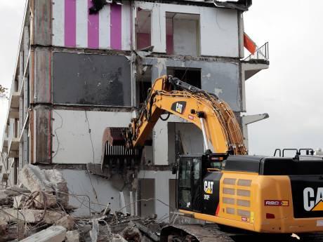 Op plek van gesloopte flats in Spijkenisse komen nieuwe woningen