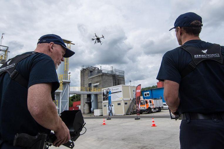 Met de drones kunnen onder meer wietplantages worden onderschept.