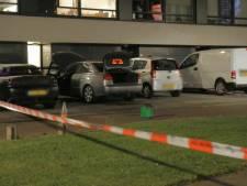 Enschedese politieman riskeerde eigen leven door in brandende auto te stappen