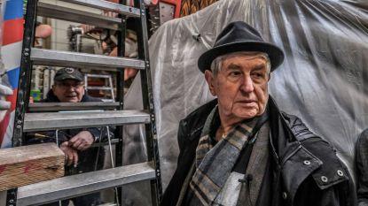 """Aalsterse Jood bezoekt carnavalshallen: """"Het zou mooi zijn om alle verwijzingen naar Joden achteraf te verbranden"""""""