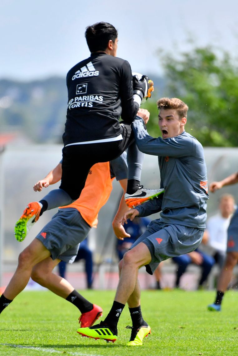 Ook doelman Ilias Mouhta Sebtaoui traint mee en dat zal Pieter Gerkens geweten hebben.