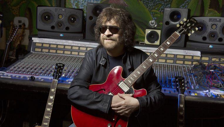 Jeff Lynne in de studio in Los Angeles Beeld Getty