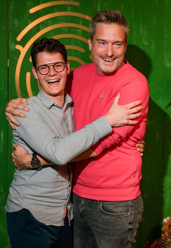Martijn en presentator Gilles De Coster.