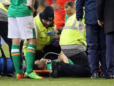 Ierse captain Coleman (Everton) breekt been na spijkerharde tackle