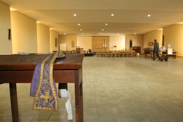 De kerk van Poelske werd leeggemaakt in oktober.