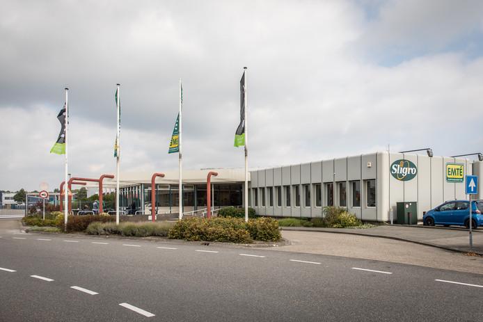 Het distributiecentrum van Emté in Kapelle gaat in maart dicht.