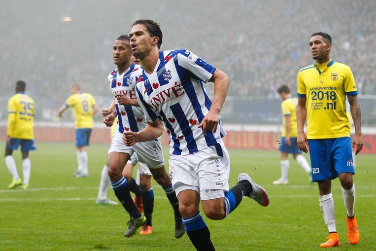 Mitchell Te Vrede scoorde een penalty voor Heerenveen. Beeld photo_news