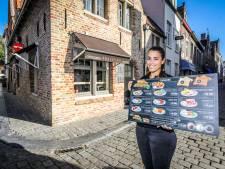 """Reisleidster start eigen zaak in Brugge: """"Ik hoop dat we in de lente van volgend jaar overspoeld worden door toeristen"""""""