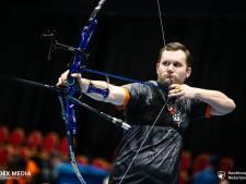 Handboogschutter Daan Saft van de Haaksbergsche Schutterij verslaat tweevoudig olympiër