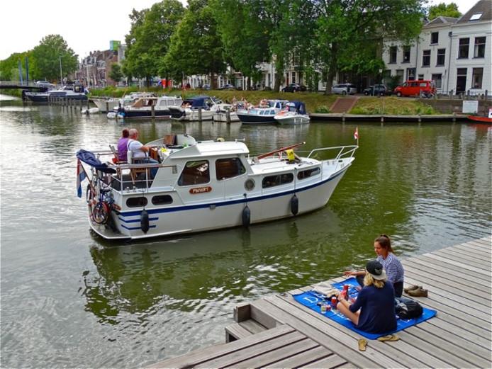 Een mooie plek voor een picknick, bij de Weerdsluis in Utrecht.
