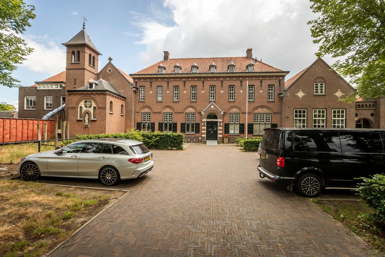 Het Klooster in Waalre-dorp.