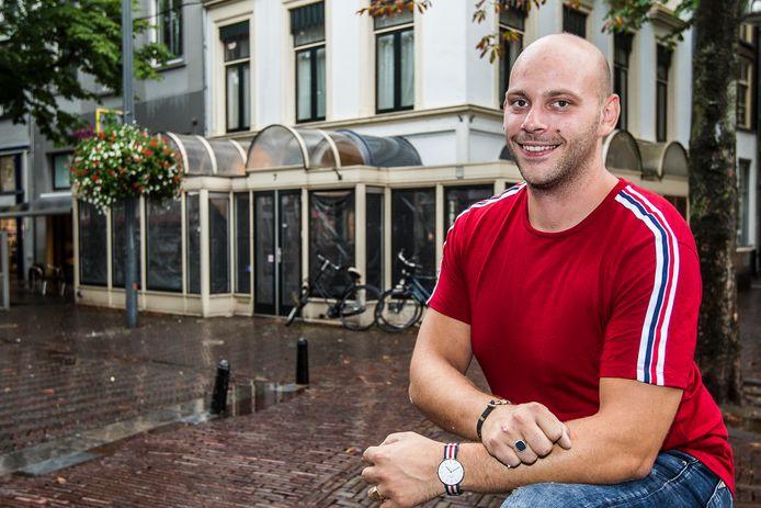 Hans Buitenhuis verhuis met zijn Eetcafé Engel en Bengel naar het oude Orange-pand.
