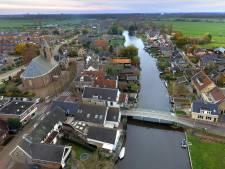 Groeten uit Oud-Alblas, het dorpje van twee delen en riviertje De Alblas