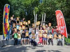 VakantieDoeBoek moet verveling voorkomen: 'In Buitenhof gaan heel veel kinderen niet op vakantie'