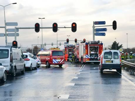 Overleden slachtoffers A16 bij Breda zijn twee vrouwen van 43 en 28 jaar, bestuurder (80) verdacht