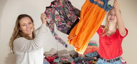 Kinderkledingbeurs van Lisa en Floor blijvertje in Vaassen
