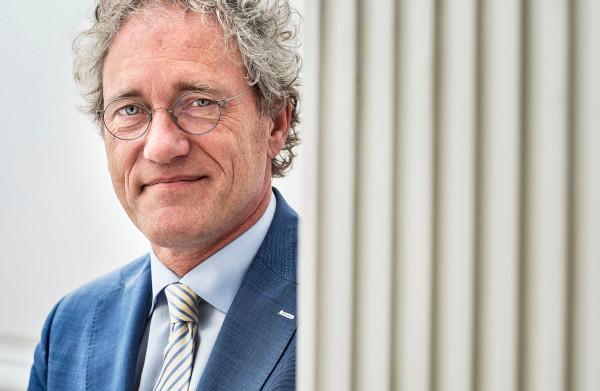 **Oud-minister Thom de Graaf (D66) wordt nieuwe vicepresident Raad van State**